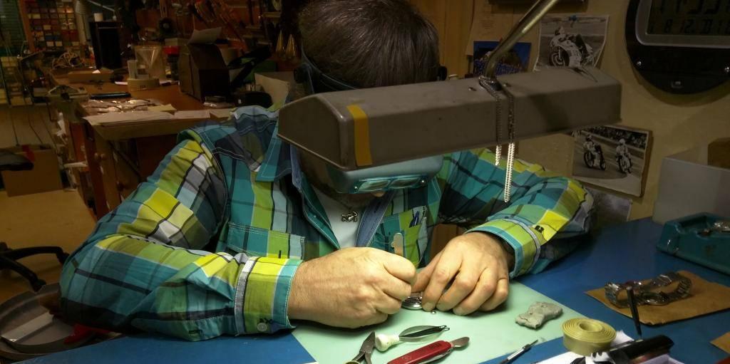 Uurwerk- en Meteospecialist Vlasma horlogereparatie