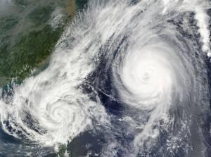 Uurwerk- en Meteospecialist Vlasma hurricane-67581_640-300x223