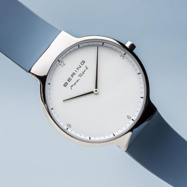 Max rene herenhorloge zilveren uurwerk en blauw siliconen bandje.