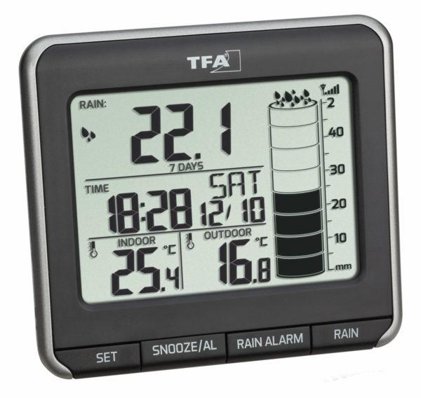 Rainman hoofdstation draadloze regenmeter met tijd, binnen- en buitentemperatuur en neerslag.