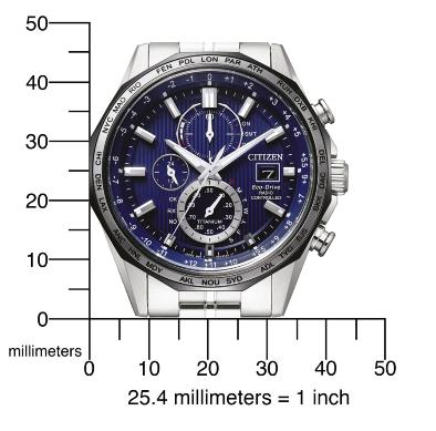 Voorkant en grootte van Citizen Super Horloge AT8218-81Lmet zilveren behuizing, blauwe wijzerplaat en vele opties en zilveren wijzers en tijdsaanduidingen.